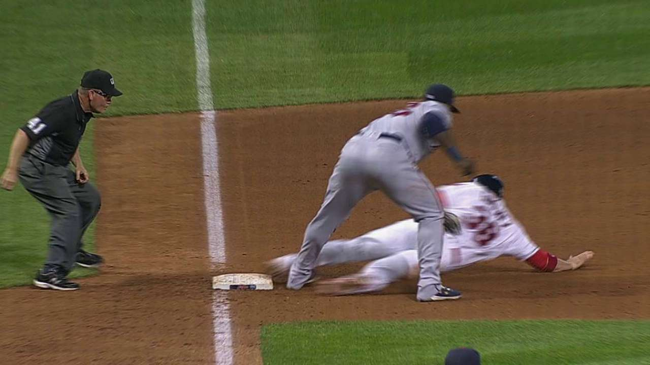 Rosario gets Gimenez at third