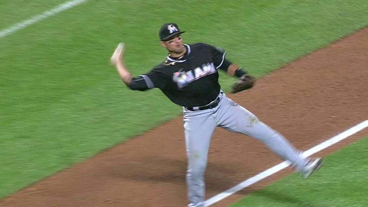 Prado's clutch barehanded play