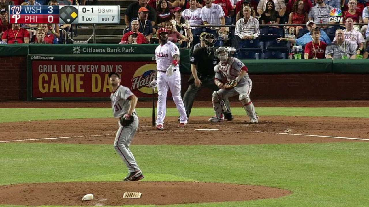 Howard's two-run home run