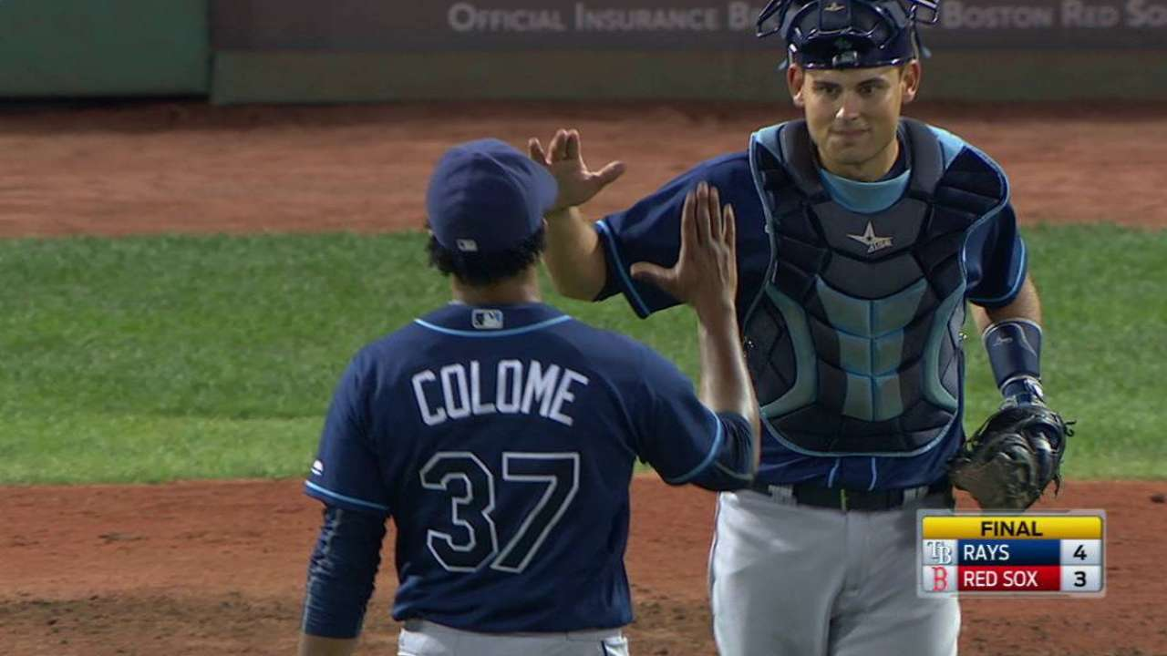 Colome fans Leon, earns the save