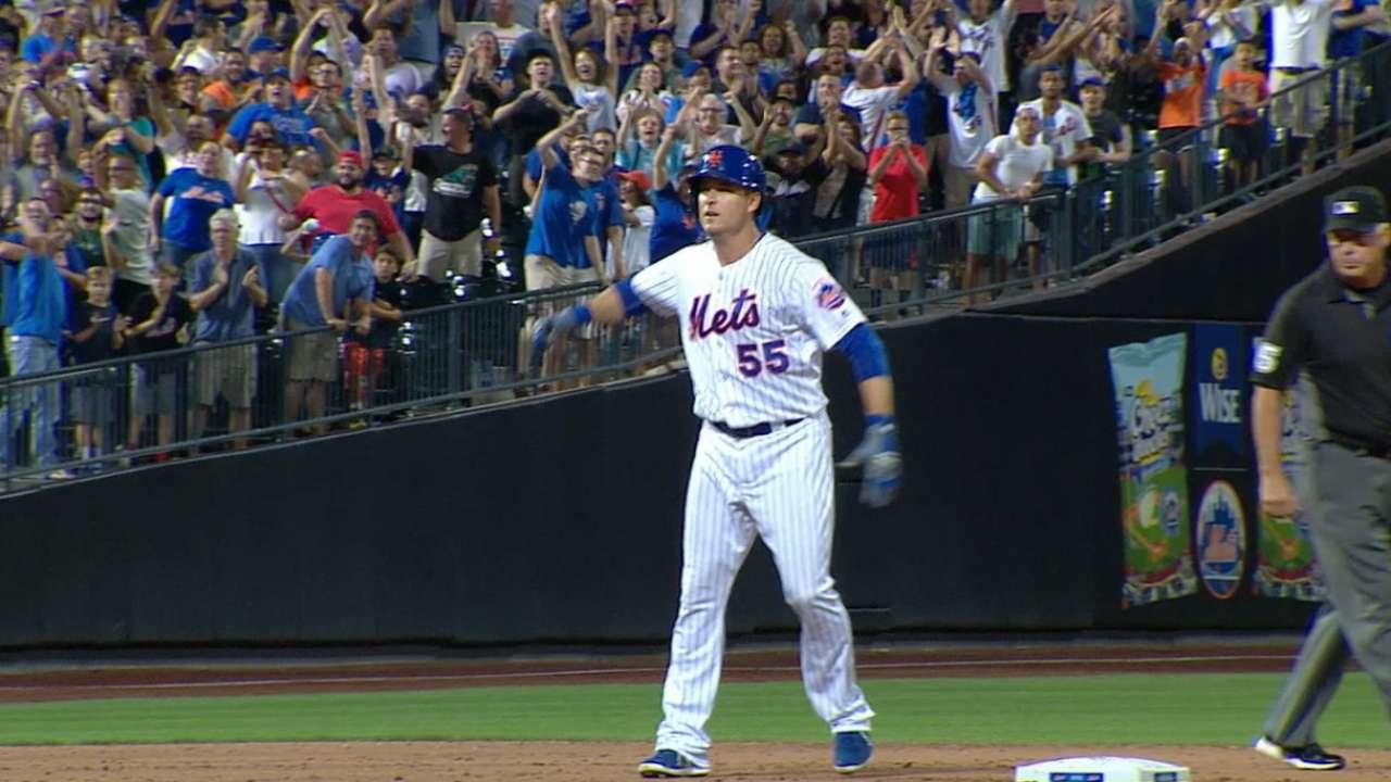 Johnson clutch as Mets keep Marlins reeling