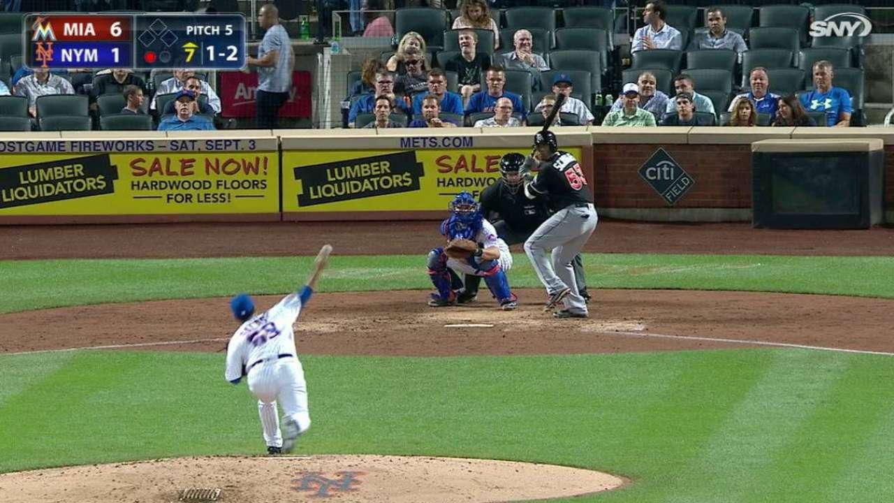 Mets finalize deal to bring back Salas
