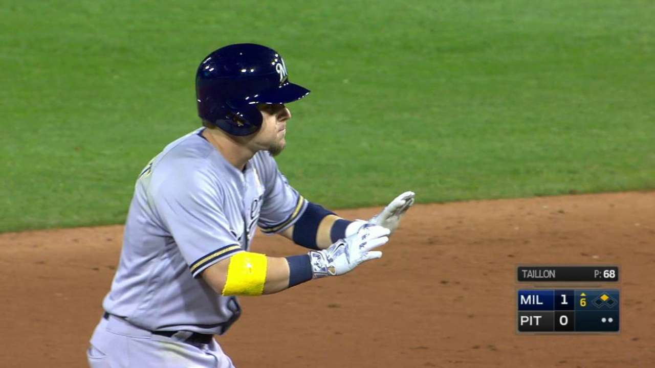 Gennett's RBI double