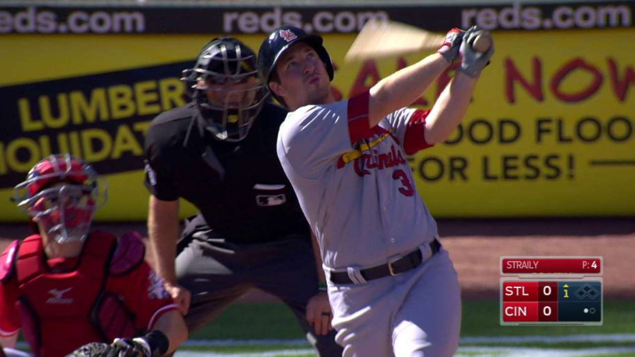 Cards extend streak to 22 games with HR