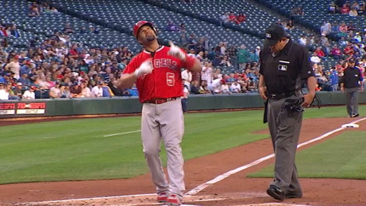 Pujols alone in 9th place on career HR list