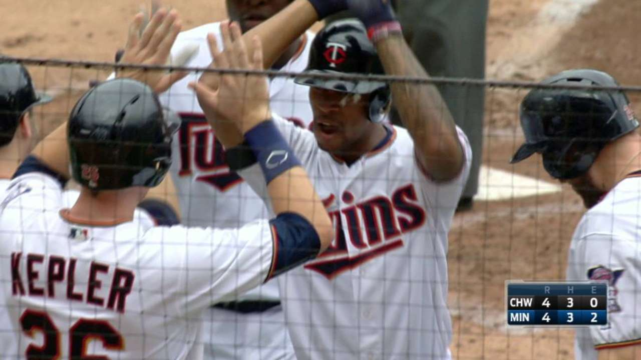 Buxton's first slam punctuates Twins' outburst