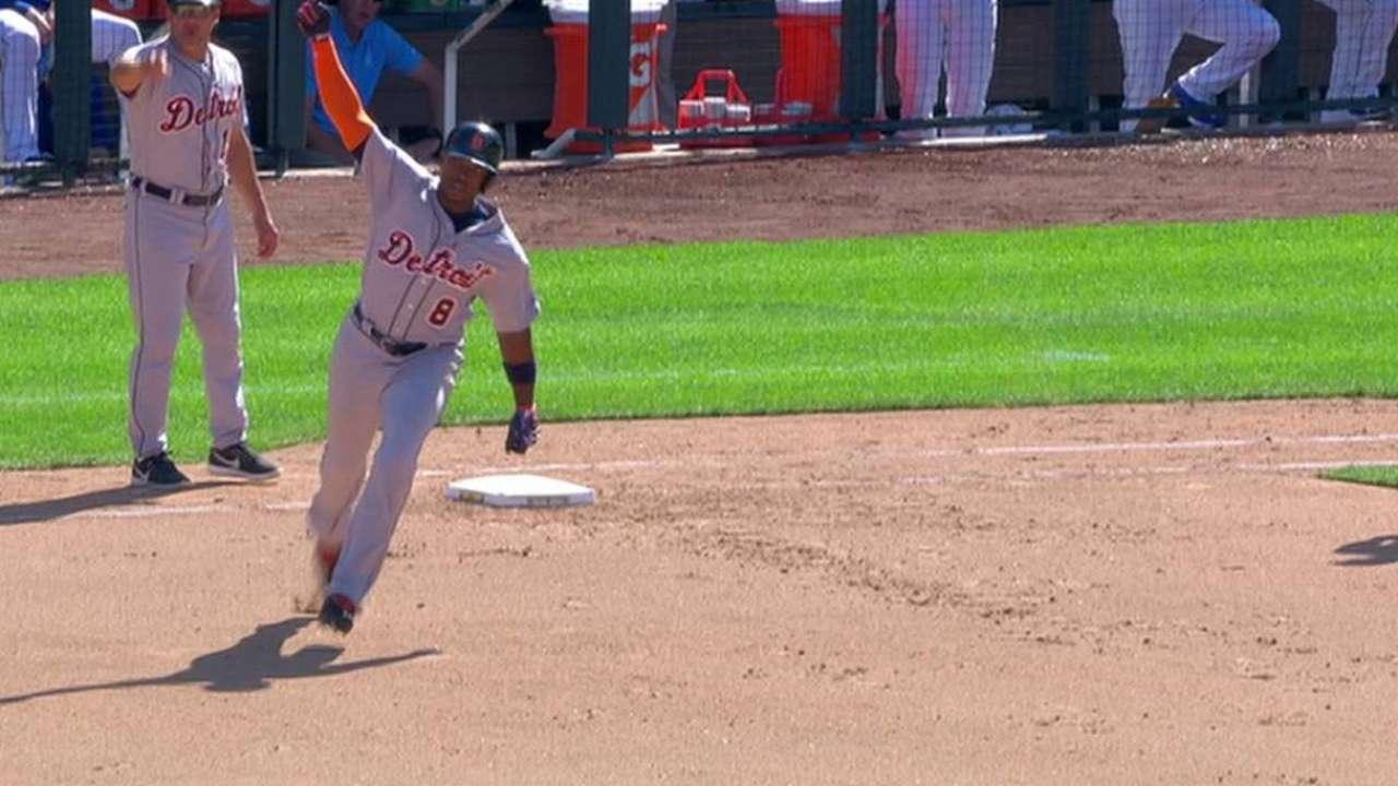 Upton's two-run homer