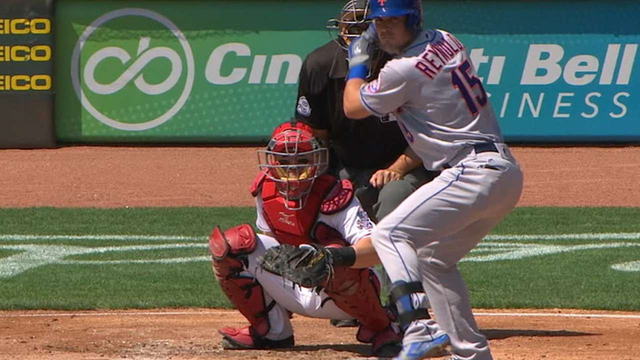 Reynolds' great day at the plate