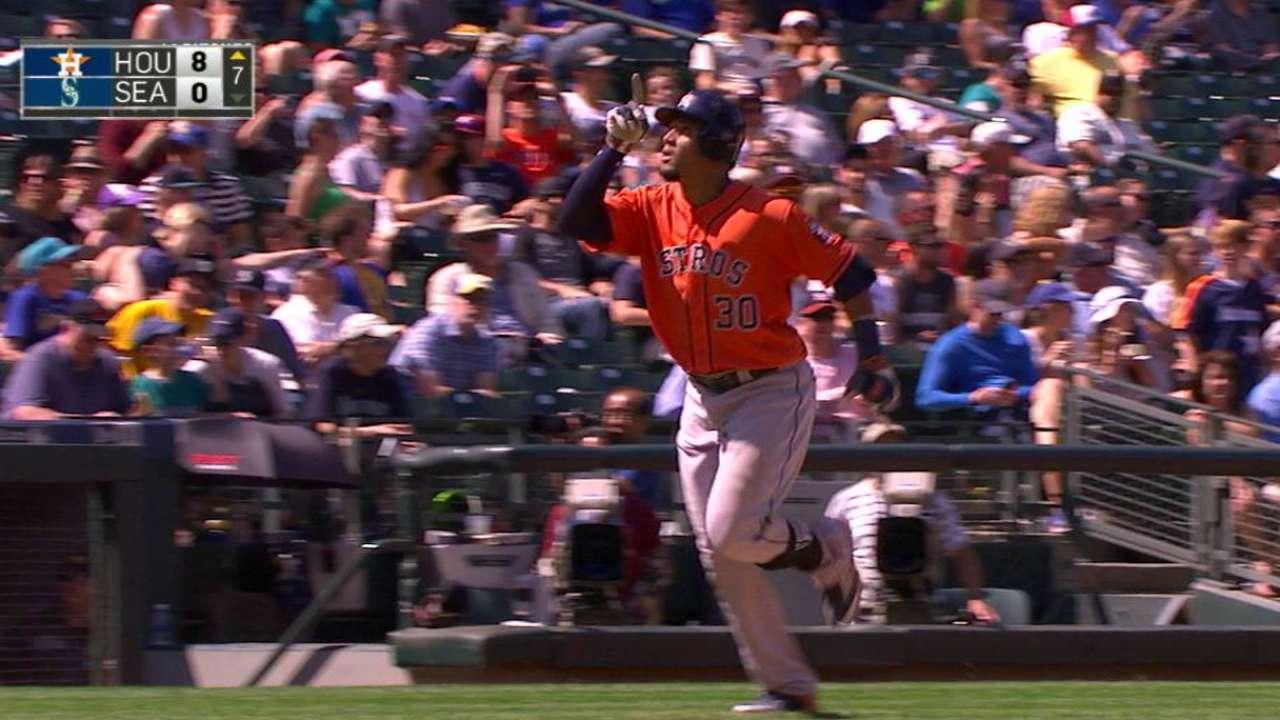 Astros 'slam' door on series win over Mariners