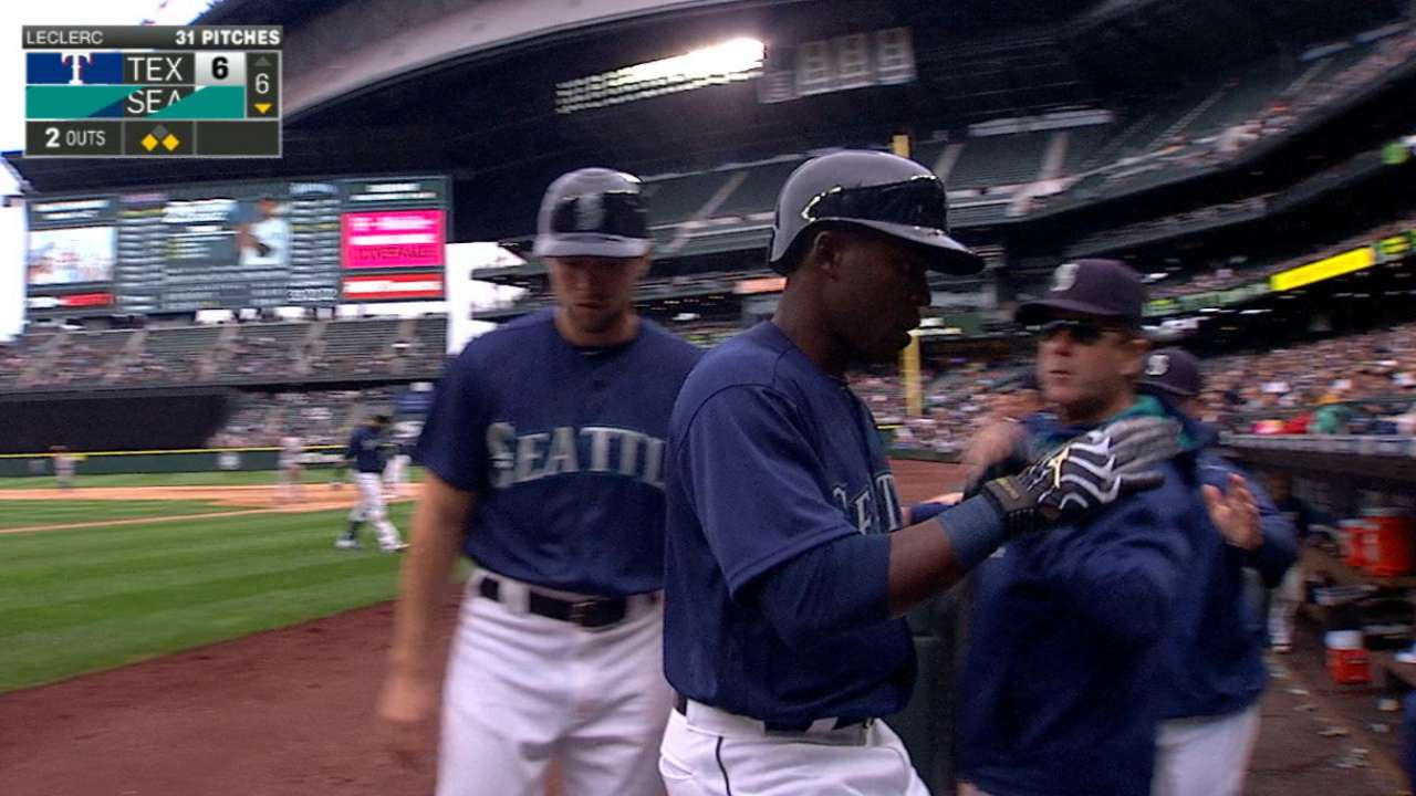 Mariners blow the game open