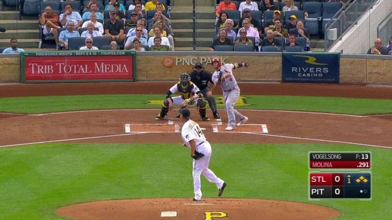 Yadi's first-inning slam matches NL record