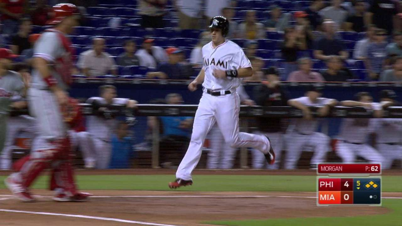 Hechavarria's RBI single