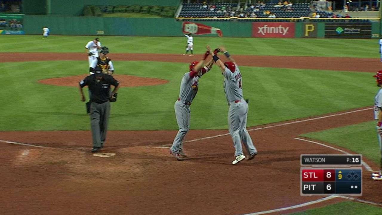 Grichuk's go-ahead two-run homer