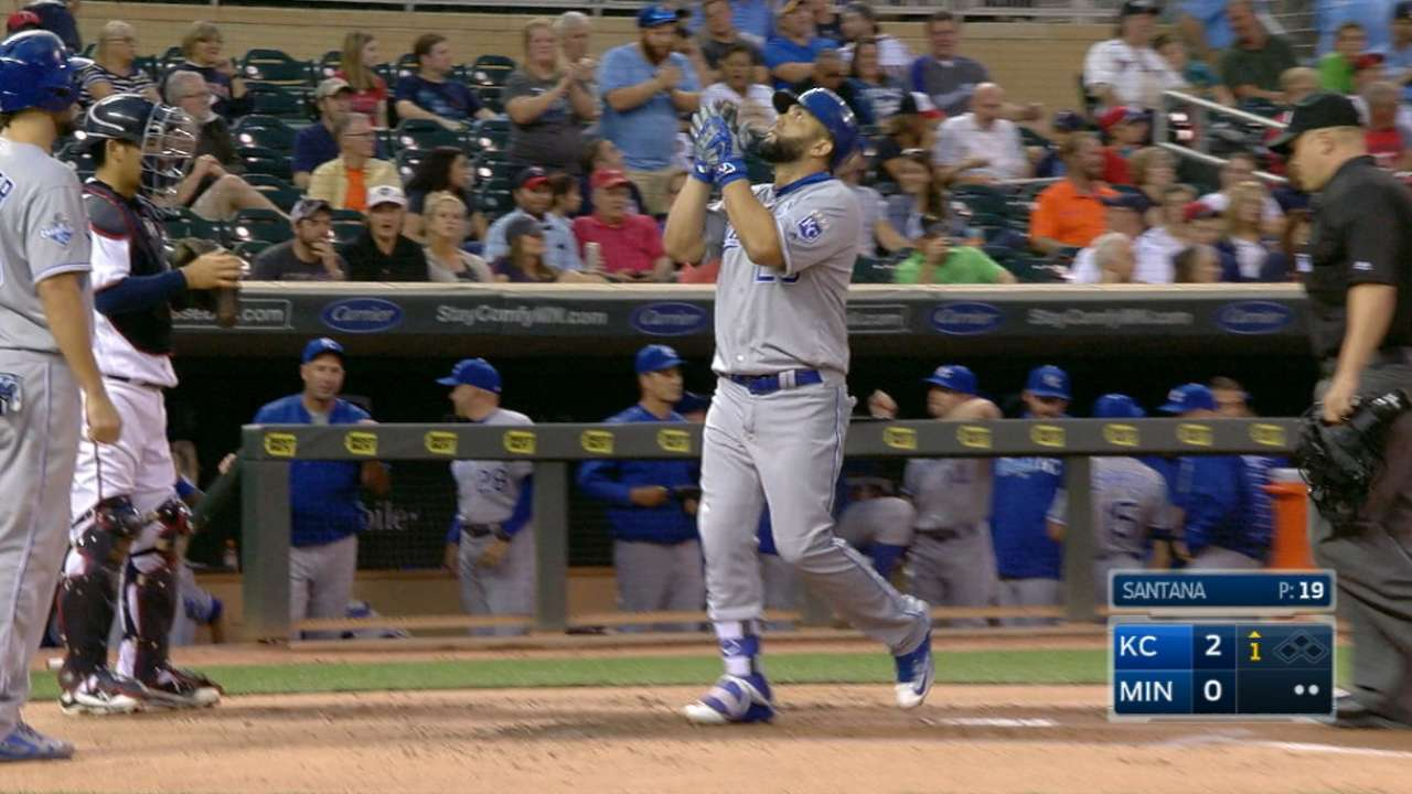 Morales' two-home run game