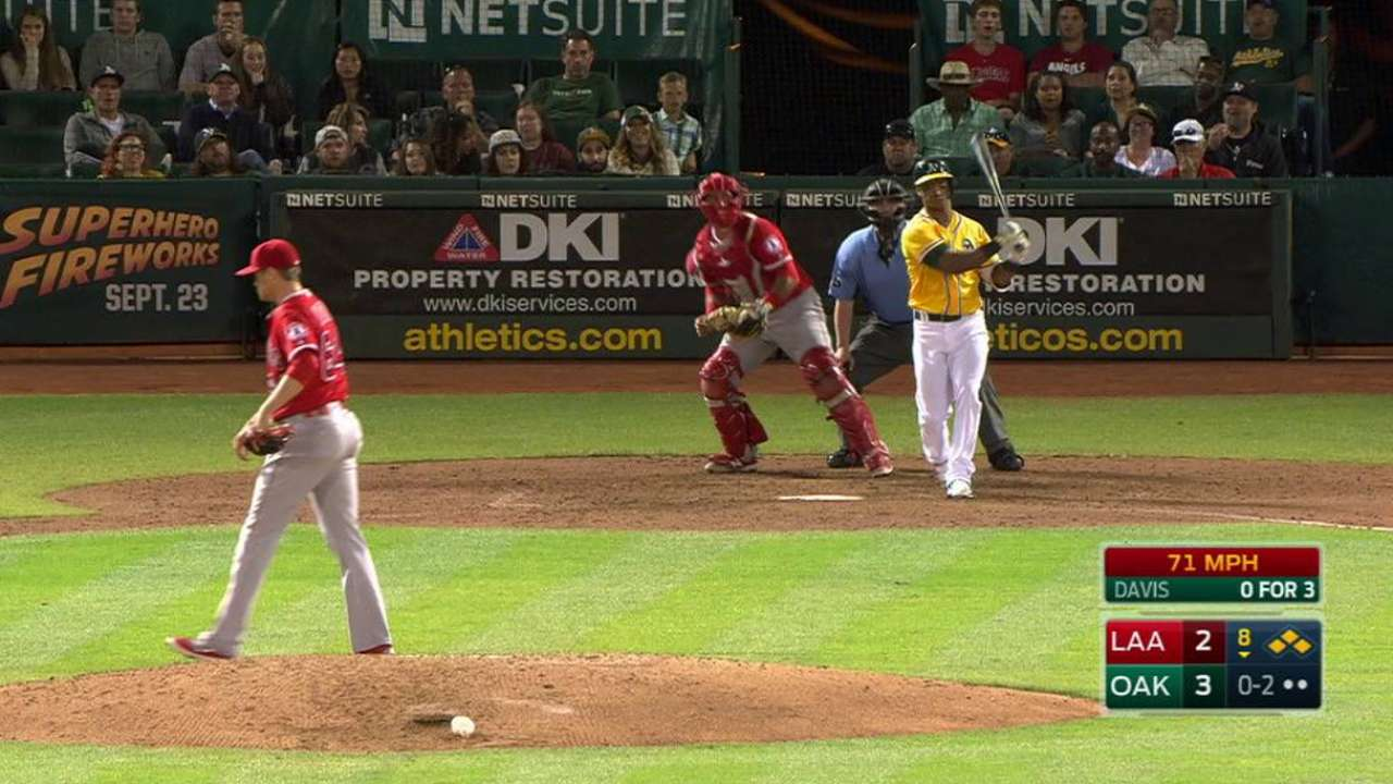 Morin escapes the bases loaded