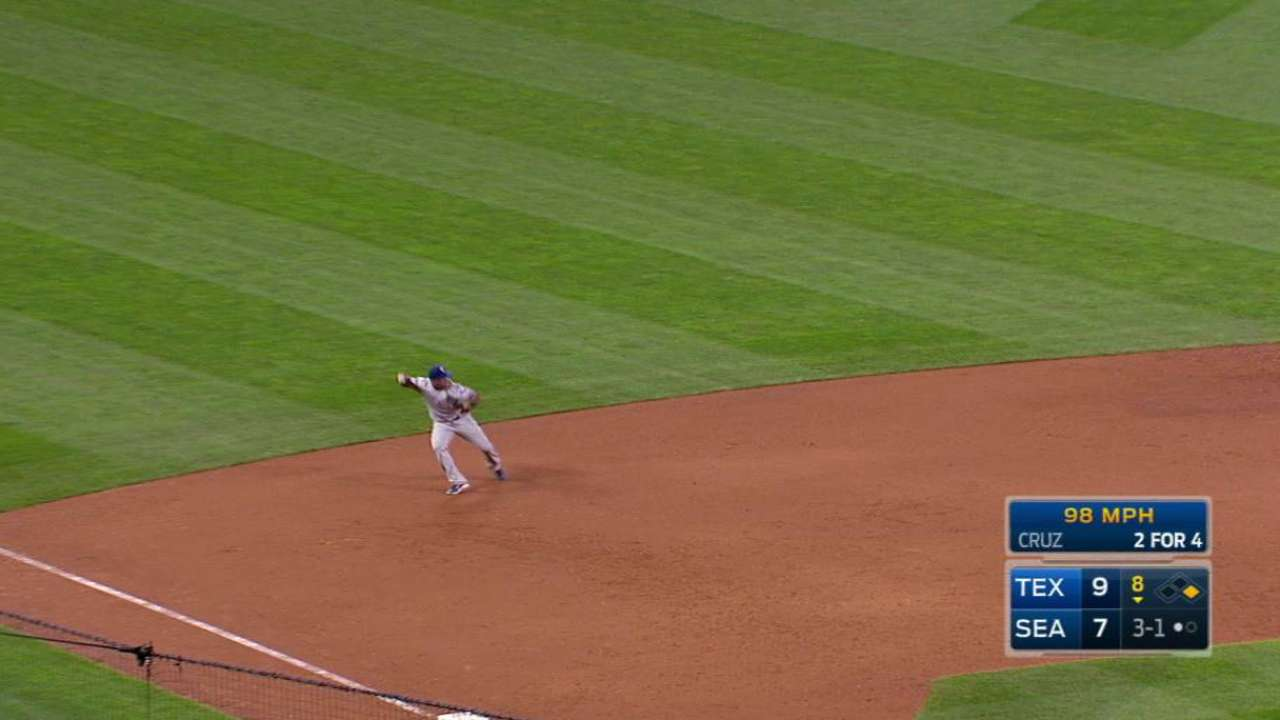 Beltre's dazzling stop at third