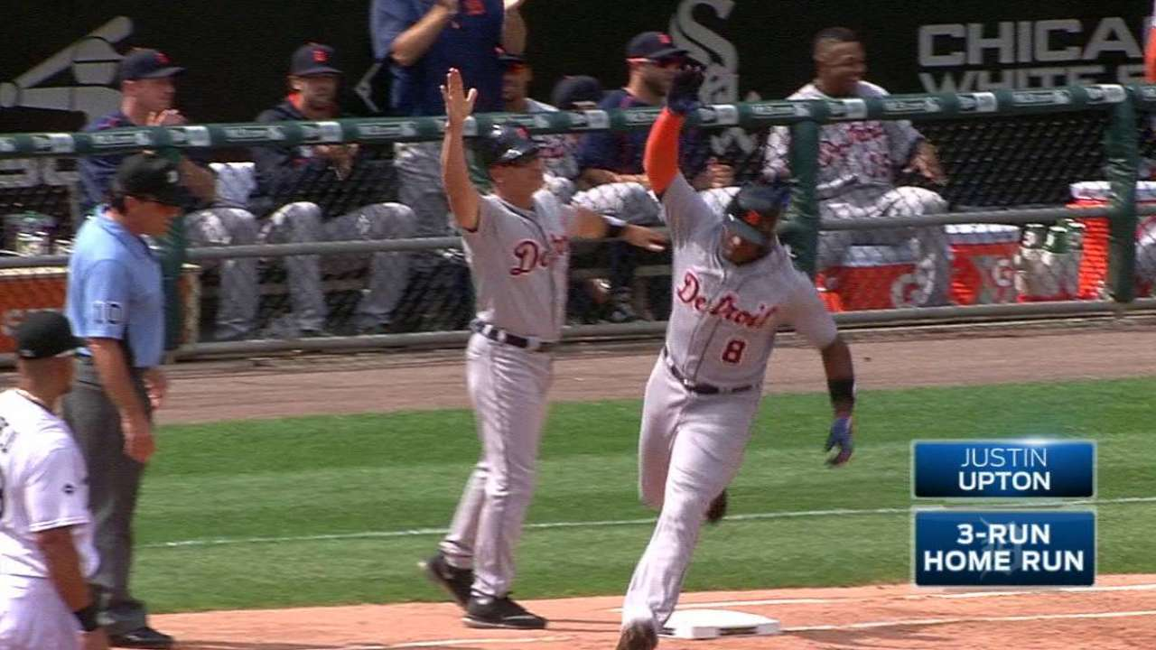Upton's three-run homer