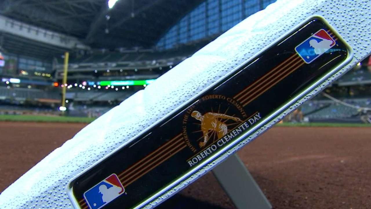 MLB celebrates Roberto Clemente