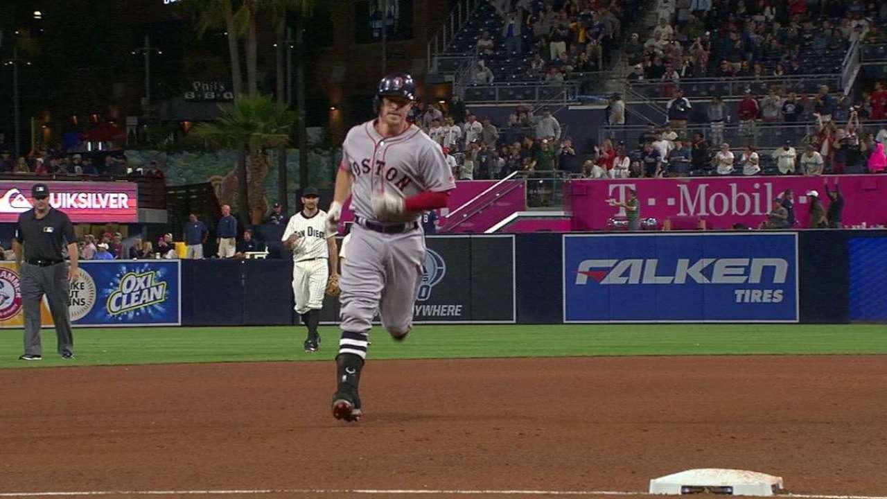 Holt's pinch-hit home run