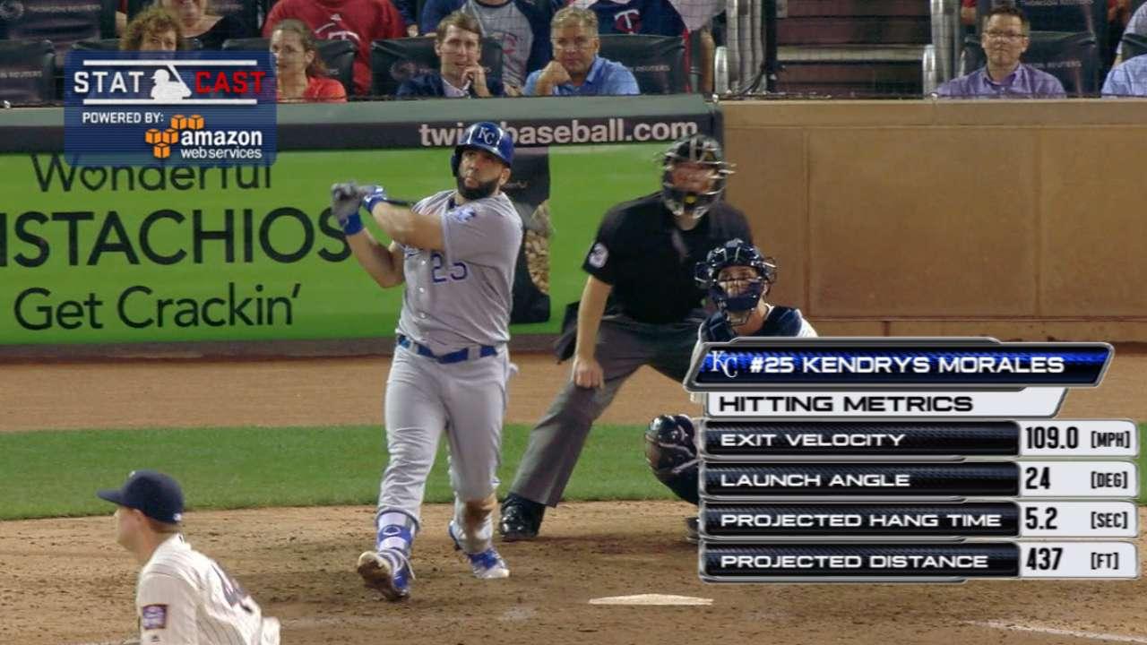 Statcast: Morales' 437-ft. homer