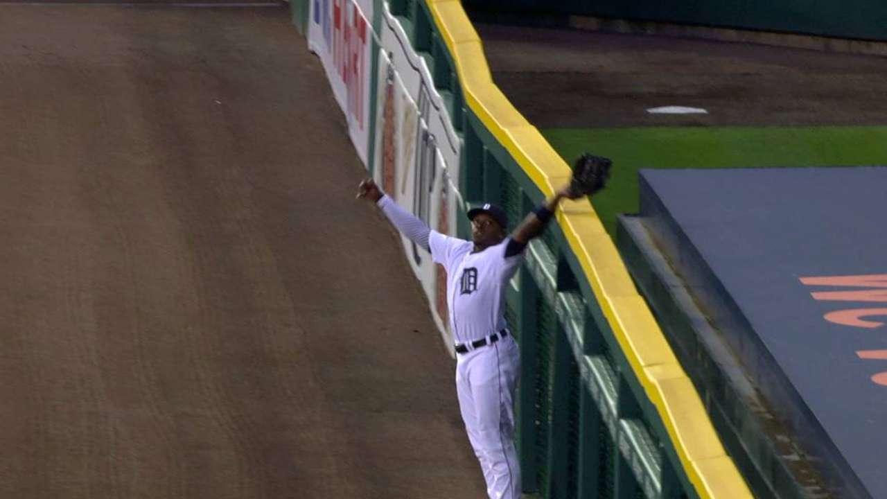 Upton robs a home run