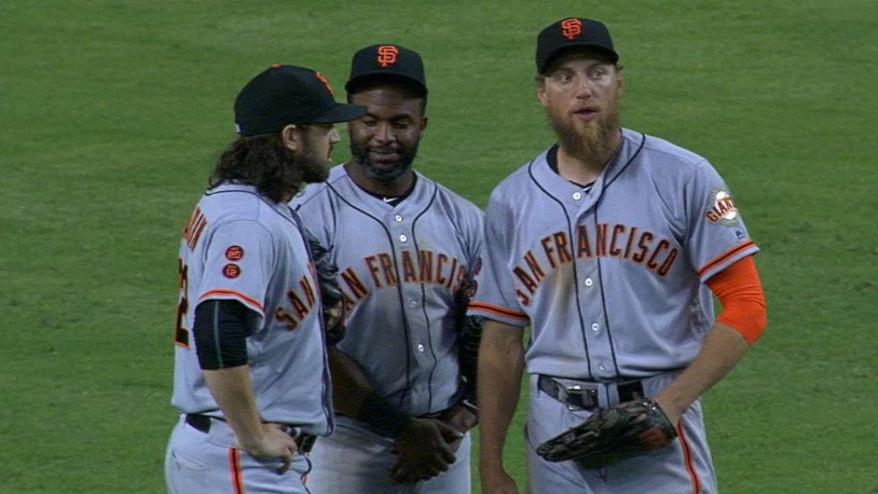 Giants get creative for extra-inning relief