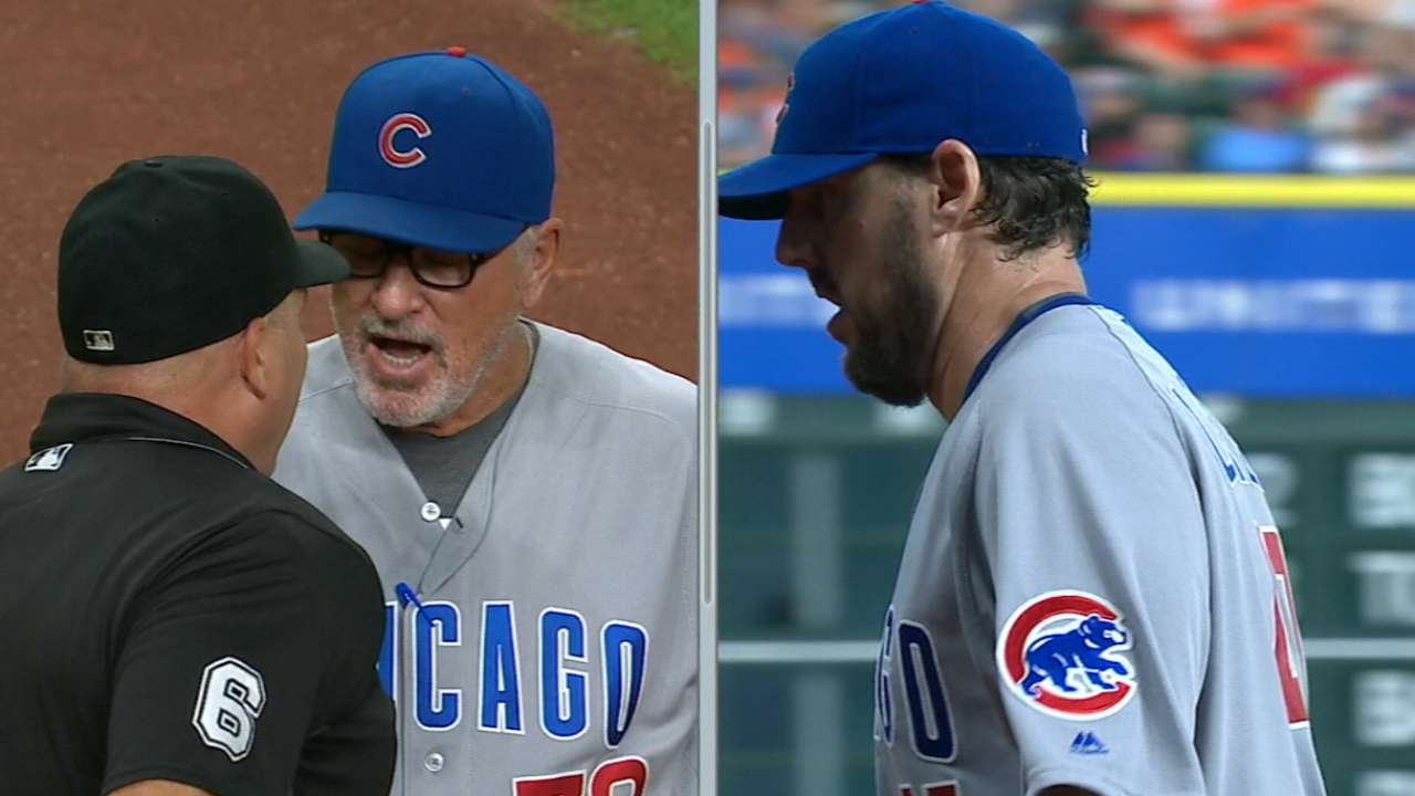 Maddon talks with home-plate ump