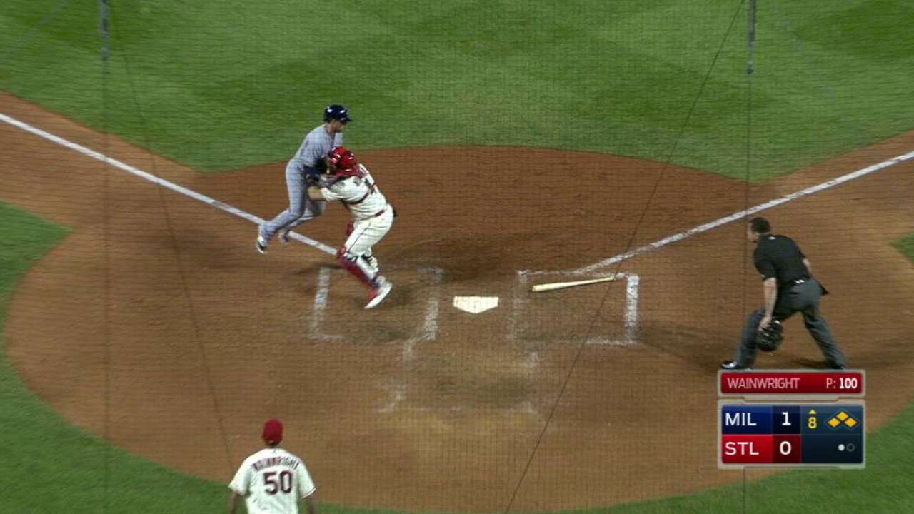 Grichuk guía remontada y S.L. vence a Milwaukee