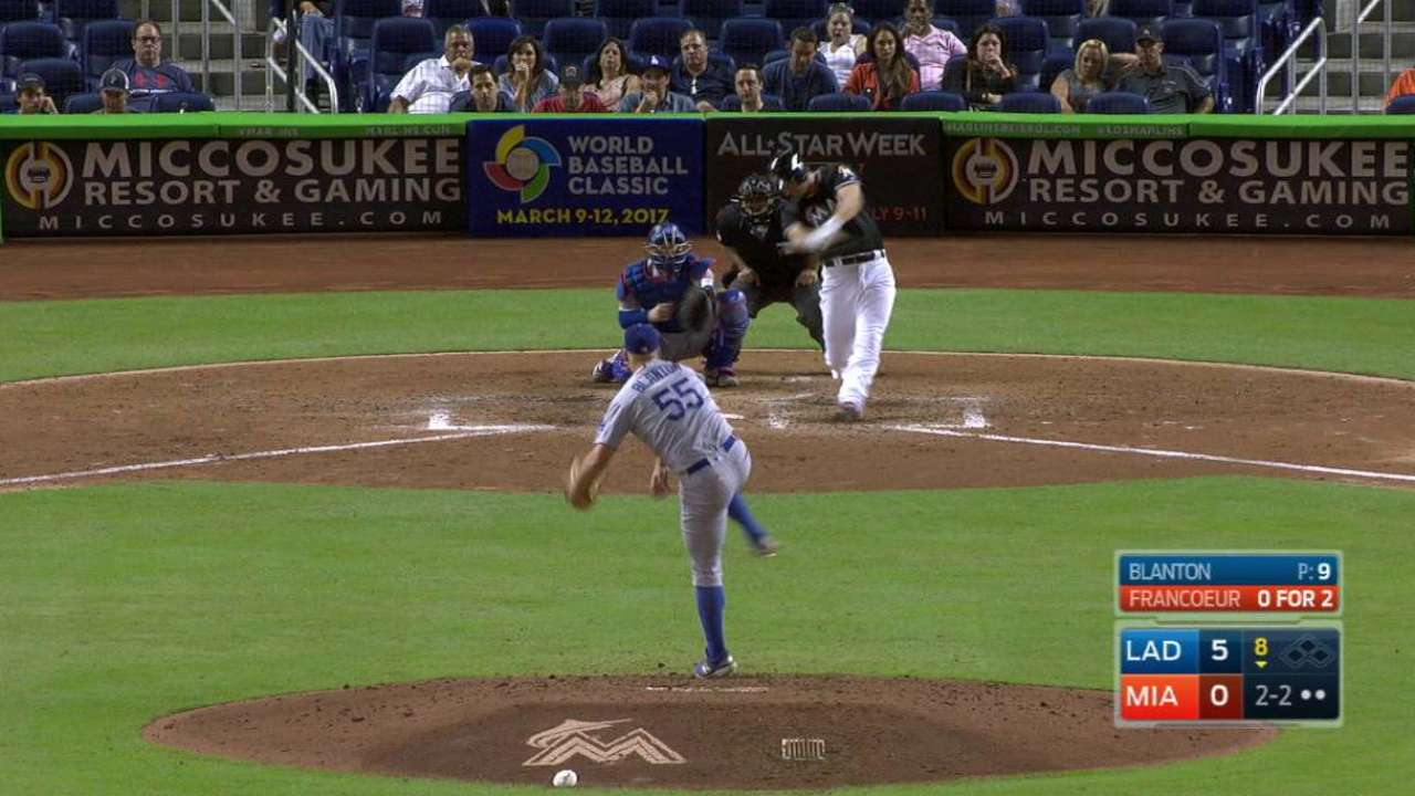 Francoeur breaks up perfect game in 8th