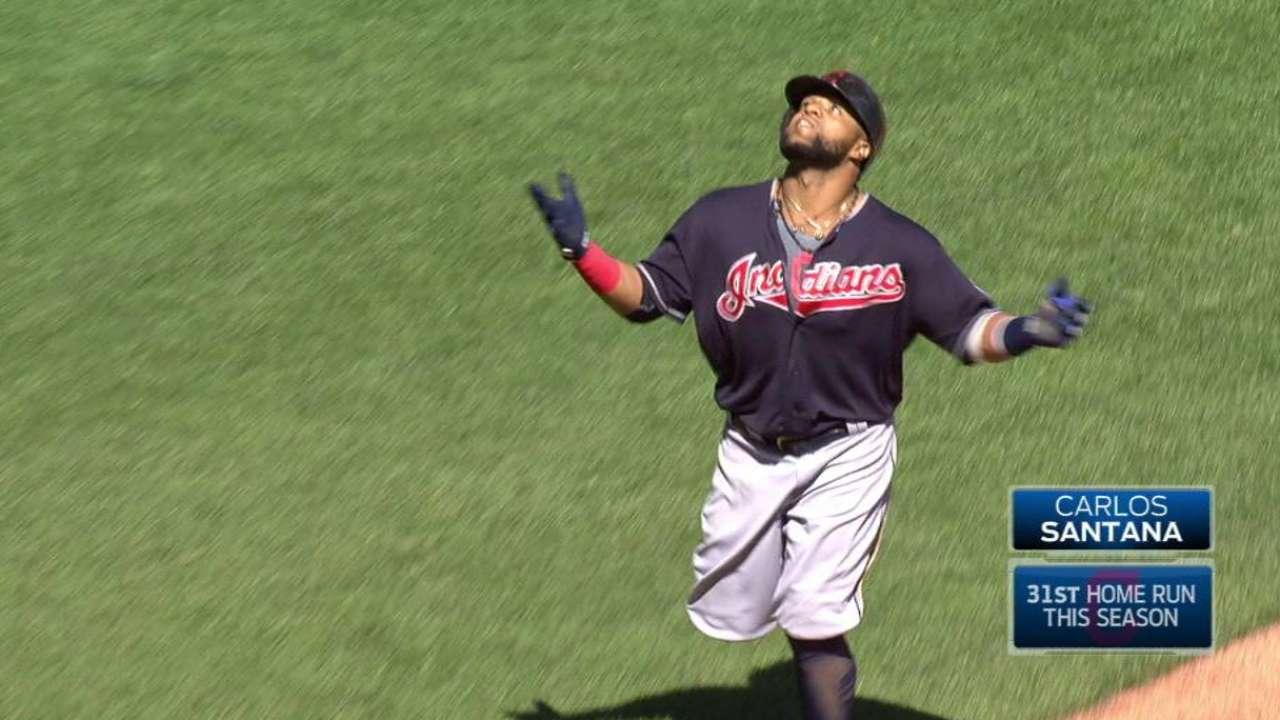 Santana's three-run homer