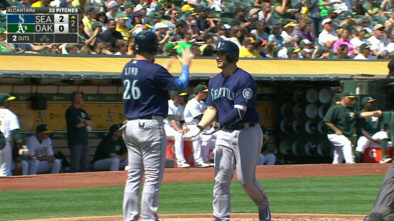 Zunino's two-run homer
