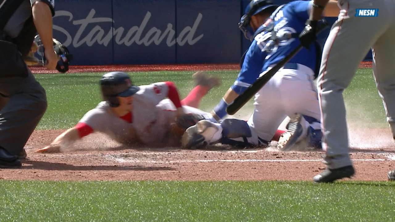 Holt's steal of home denied by Blue Jays