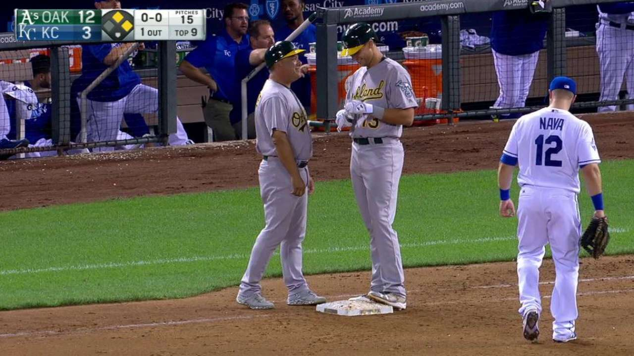 Nunez, Olson make their Major League debuts