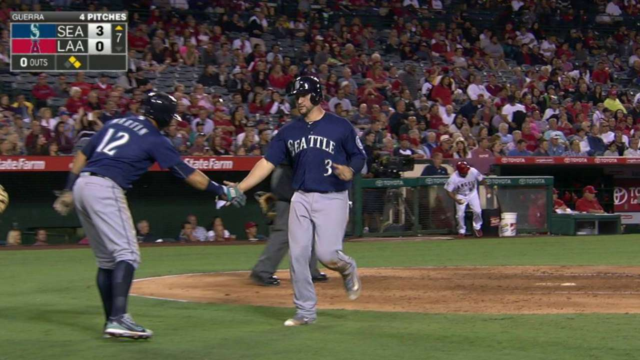 Wild Card-hungry Mariners win 6th straight