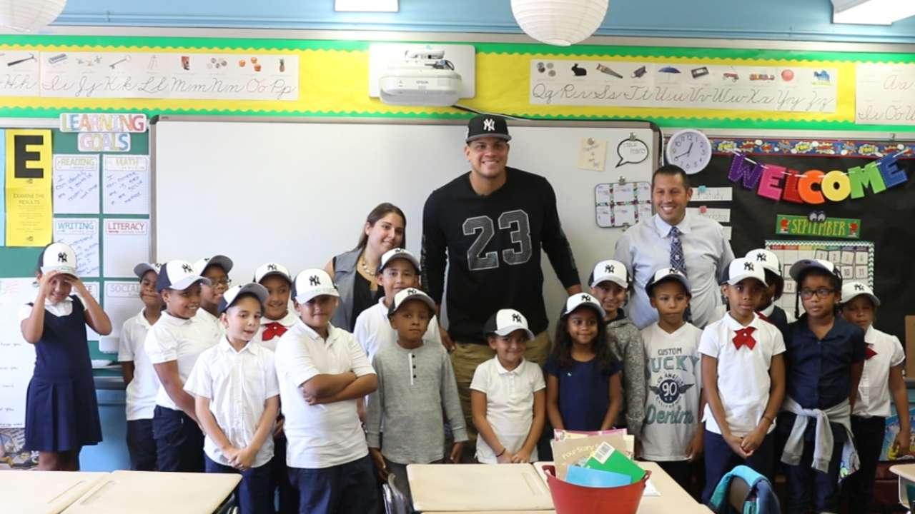 Betances visits school