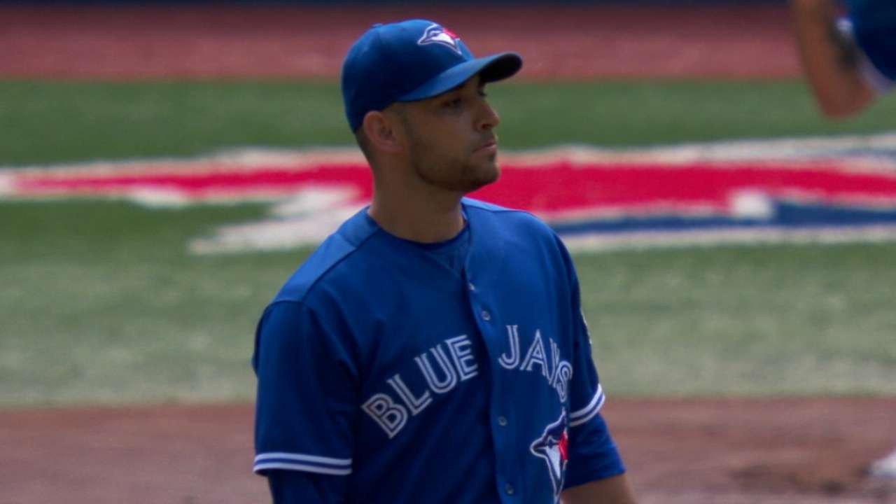 Gibbons: Estrada's back an issue all season