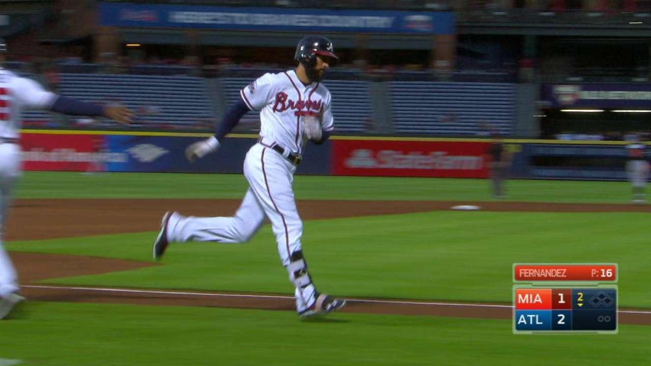 Markakis' two-run homer