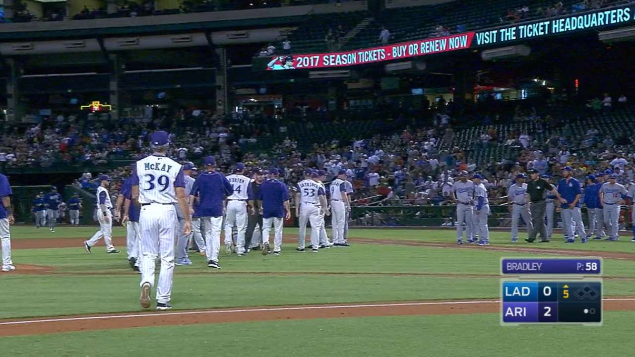 Dodgers', D-backs' benches clear