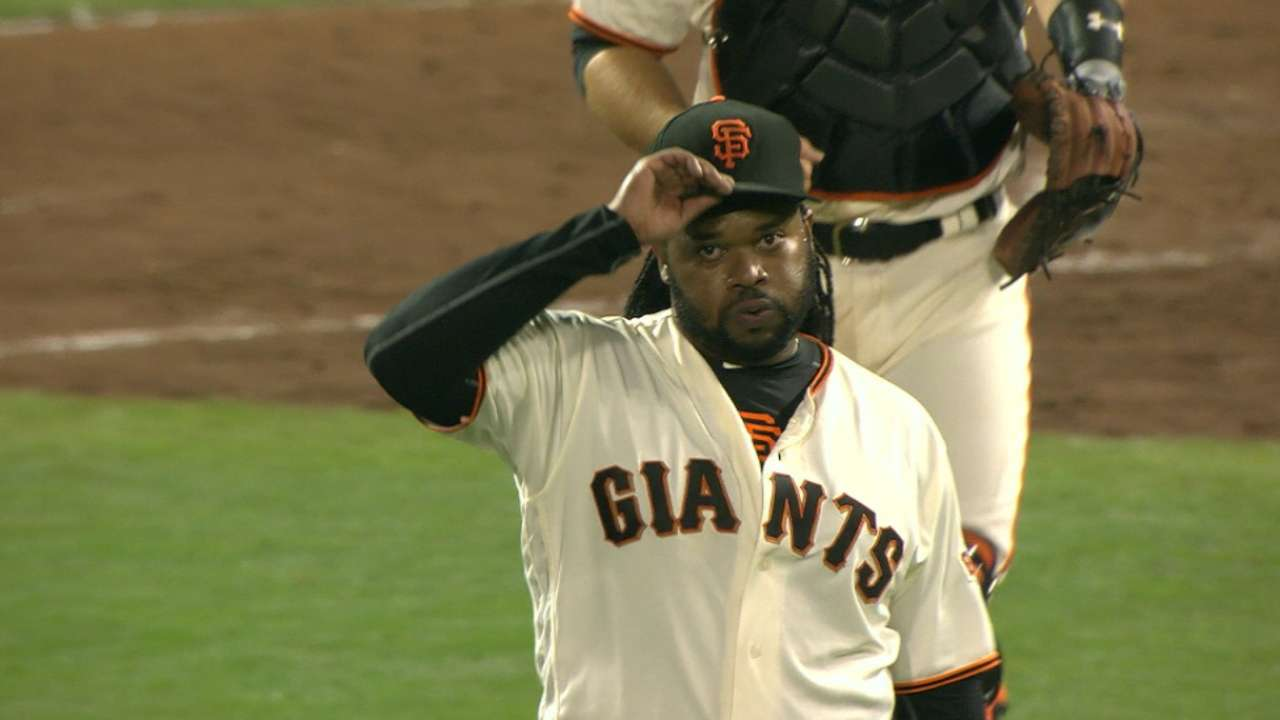 Cueto completely in command beating Cards