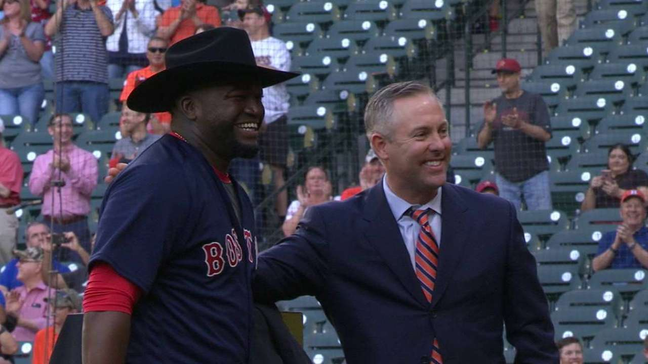 Cowboy up: Papi gets custom Stetson hat
