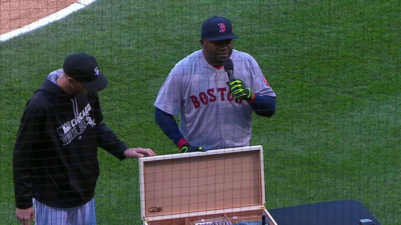 White Sox honor Ortiz; Commish on hand