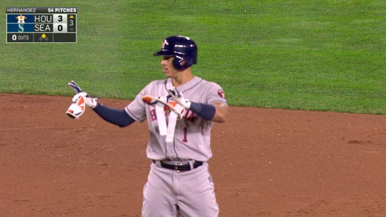 Correa's run-scoring double