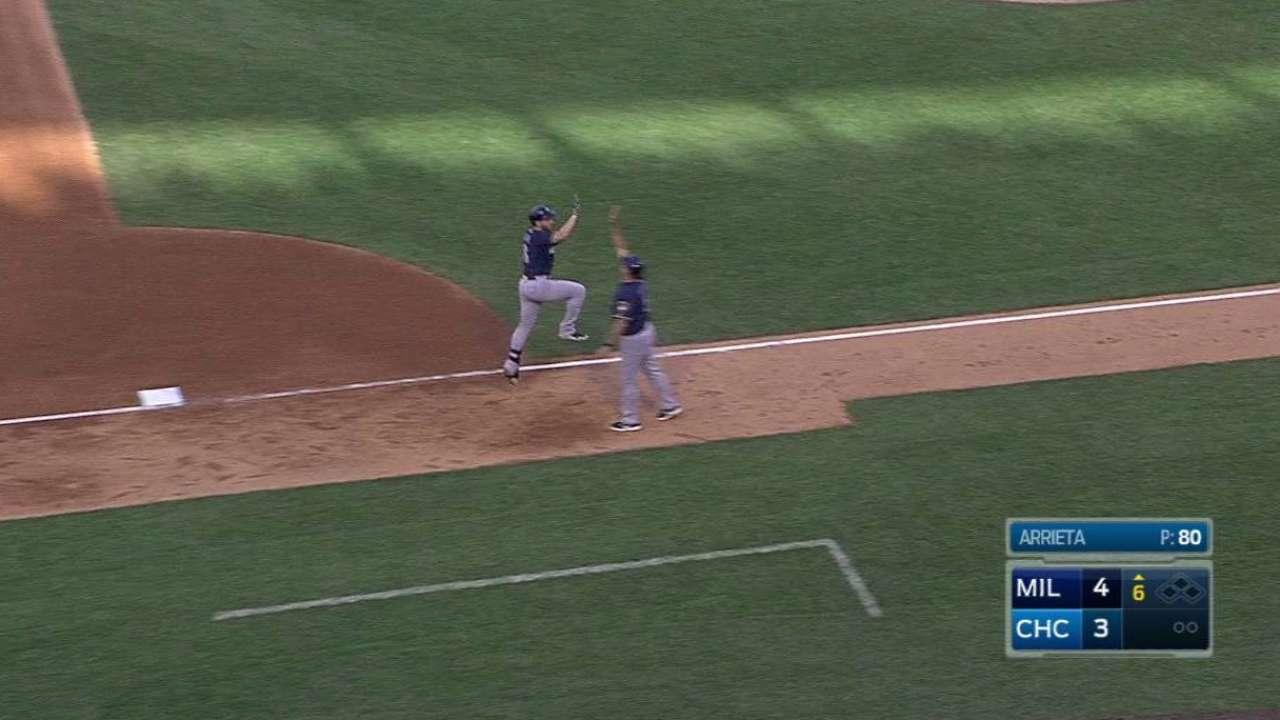 Braun's two-run homer