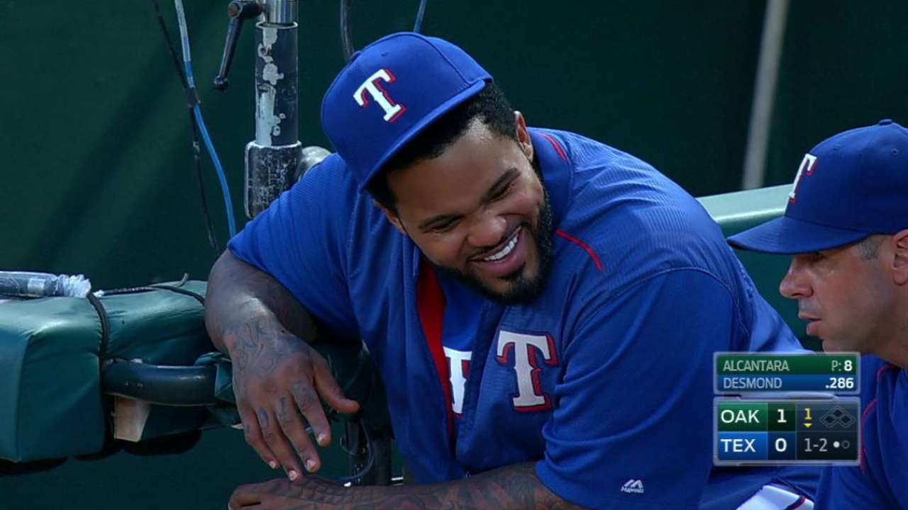 Fielder joins Rangers to provide support