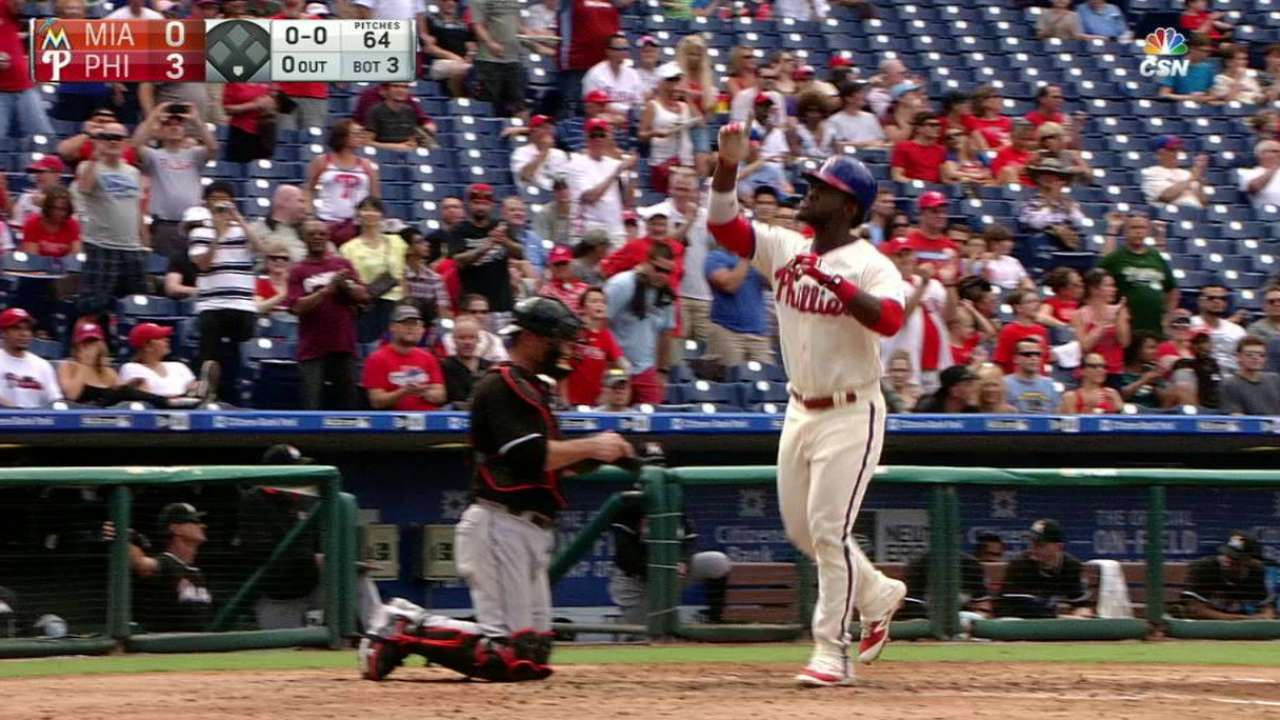 Herrera, Galvis offer promise for young Phils