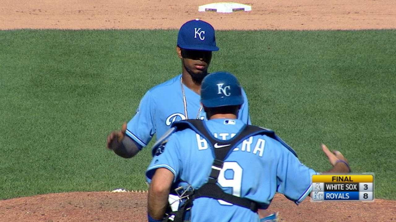 Ventura goes distance as Royals thump Sox