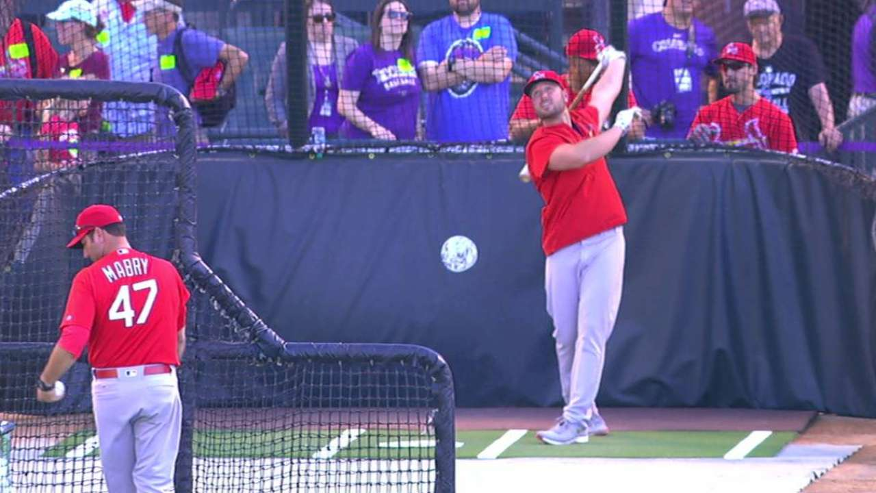 Holliday takes batting practice
