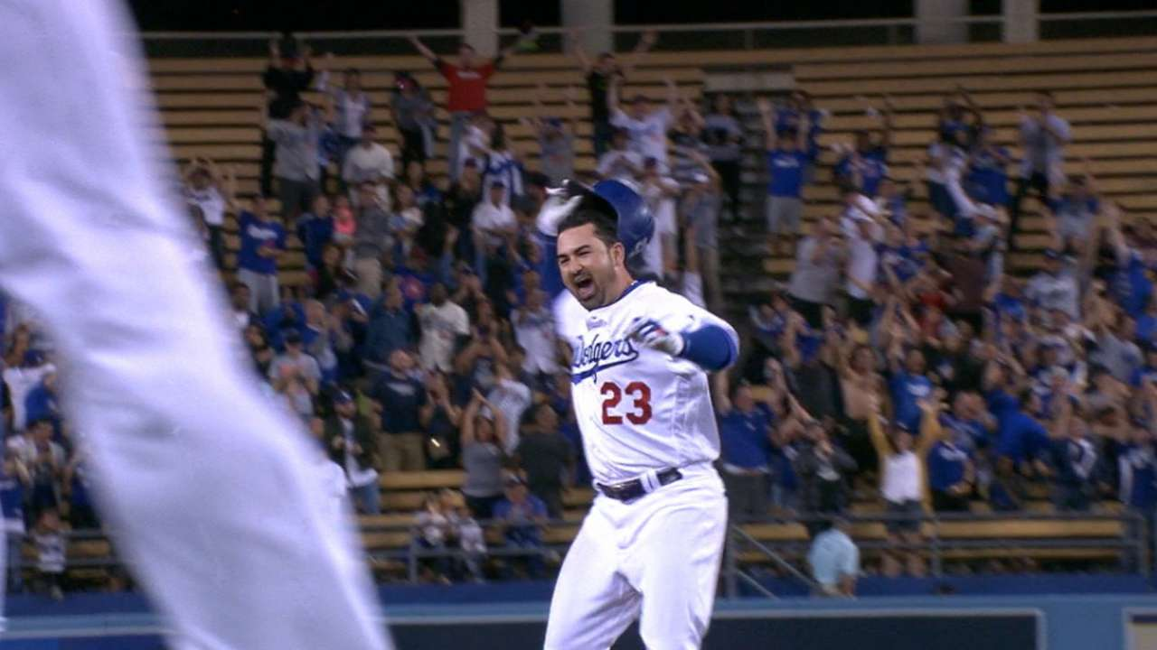 Dodgers cut magic number to 7 with walk-off win