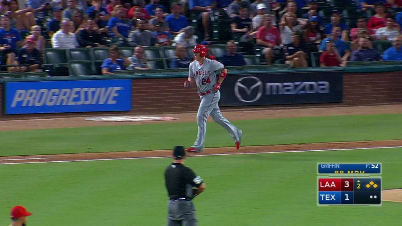 Cron draws bases-loaded walk