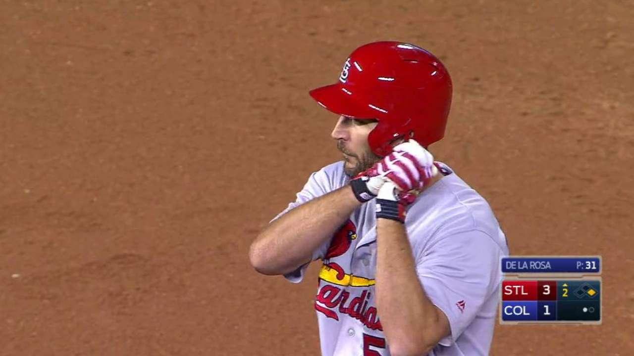 Waino's 4 RBIs help Cardinals tie for top Wild Card